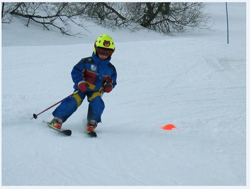 My first ... slalom... ! Lelex 4 years old